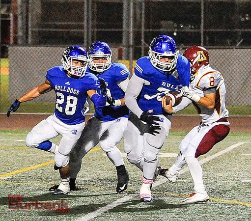 Burbank chewed up yardage at a high rate vs. the Apaches (Photo by Craig Sherwood)