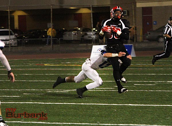 Burbank's defense held Glendale in check for most of the game (Photo by Ross A. Benson)