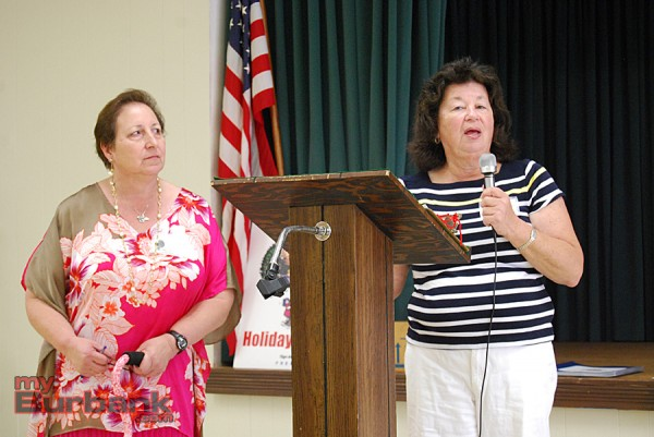 Burbank Coordinating Council President Janet Diel (left) and volunteer coordinator Barbara Salamon ask for volunteers for the annual Holiday Baskets food drive. (Photo By Lisa Paredes)