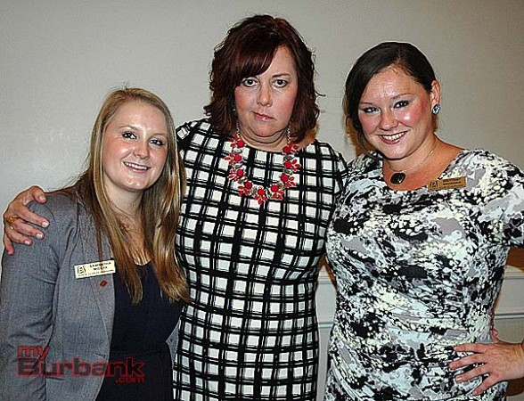 Burbank Woman of the Year Jamie Keyser Thomas, center, with event chairwoman Samantha Mielke, left, and Zonta President Brittany Vaughan. (Photo by Joyce Rudolph)