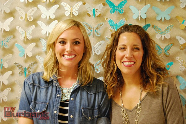 Shauna Funk (left) and Kristen Gara co-chaired the PTA Cal Arts Day school-wide art project.(Photo By Lisa Paredes)