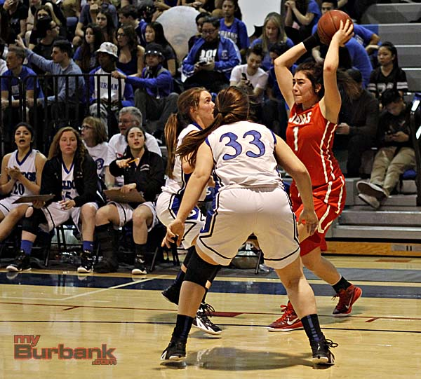 Davina Del Castillo dominated the game in the stat column (Photo By Edward Tovmassian)