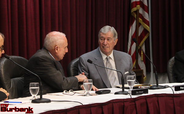 Burbank Commissioner Don Brown welcomes newly appointed commissioner Ray Adams to his first meeting (Photo by Ross A. Benson)