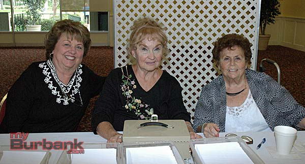 Opportunity prize committee members are, from left, Donna Thill, Joanne Adams and Marge Llanusa.