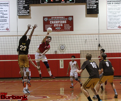 Bailey Carter, shown here against West Torrance, had 13 kills vs. Camarillo (Photo by Ross A. Benson)