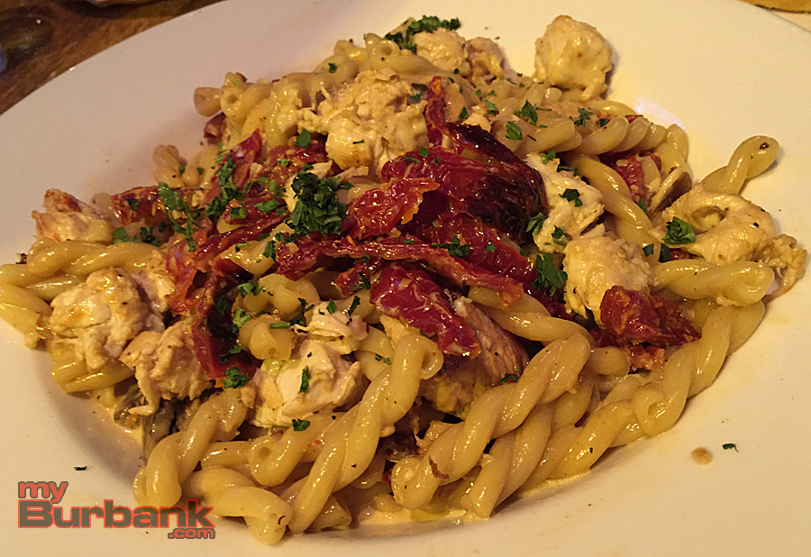 Gemelli & Chicken at The Hangar Grille. (Photo By Lisa Paredes)