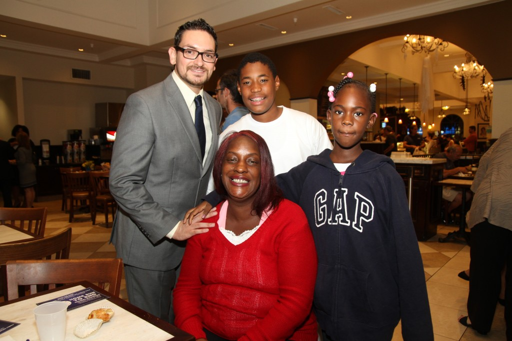 Family Promise Event @ Portos= (© Ross A. Benson) Family Promise Event @ Portos (Ross A. Benson)