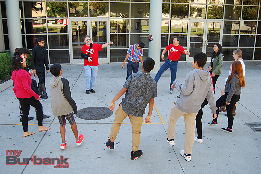 "JBHS counselors Les Cohen and Hung Truong lead students in ""Shake It Off."" (Photo By Lisa Paredes)"
