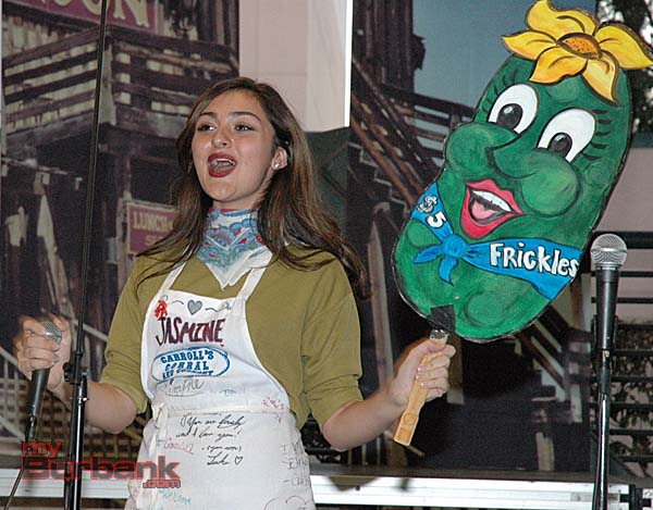 Jasmine Cooper sings the praises of batter-fried pickles -- or Frickles as they are lovingly called. (Photo by Joyce Rudolph)