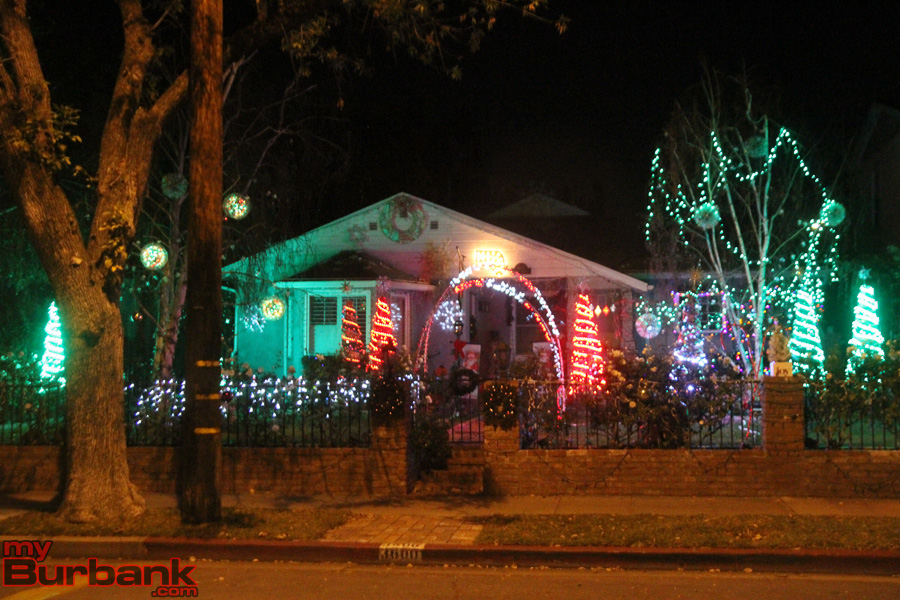 Burbank Announces 2016 Holiday Outdoor Decorating Contest   MyBurbank.com