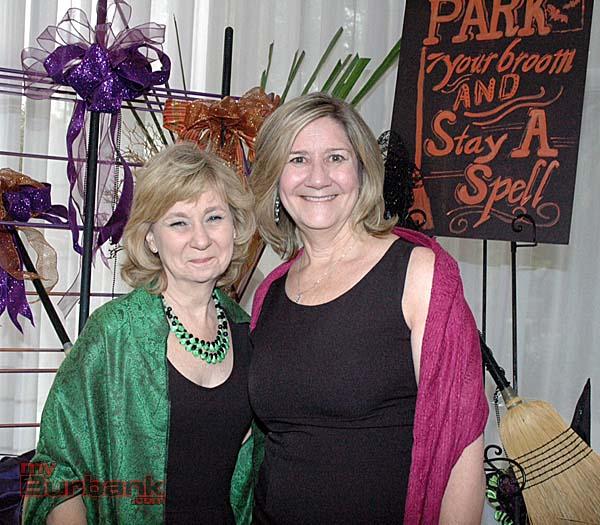 Arriving at the La Providencia Guild fashion show luncheon are School Board Clerk Roberta Reynolds, left, and City Treasurer Debbie Kukta. (Photos by Joyce Rudolph)